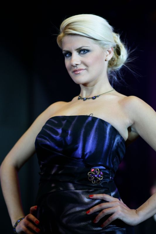 mirelapellegrini.ro – Designer Mirela Pellegrini – Colectia Howard 2020 – (8)